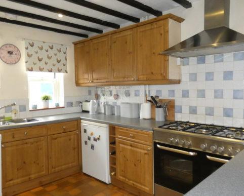 2 bed unfurnished cottage to let tiddington