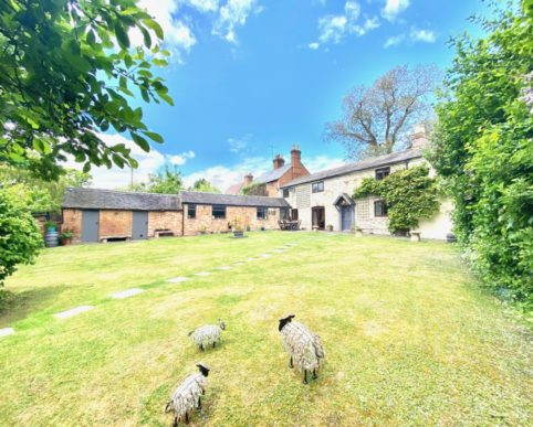 Bunkers Cottage 1 Bunkers Hill, Pillerton Hersey, Warwick CV35 0QH,