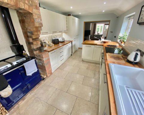 Rose Cottage, 3 Poplar Terrace, Alveston, Stratford-Upon-Avon CV37 7QU